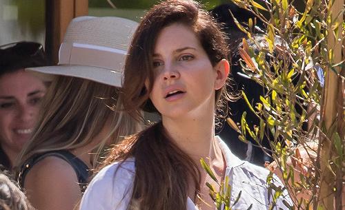Lana Del Rey à Malibu, Etats-Unis. (30.04.2017)