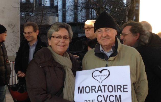 Projet CVCM, piétonisation de Grenoble, Rassemblement devant l'entrée de la Metro, 3.02.2017