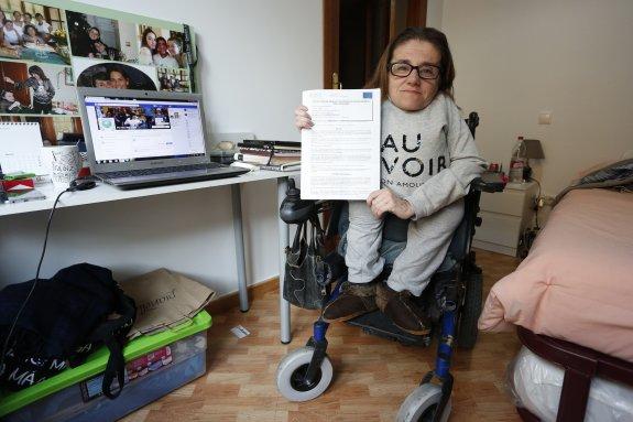 Elvira Murcia, solicitante sin ayuda: Me dicen que no me dan la ayuda al no quedar dinero