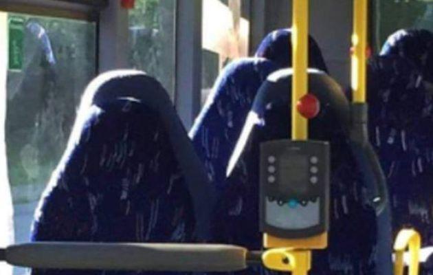 Un grupo racista noruego confunde asientos de autobús con mujeres con burka