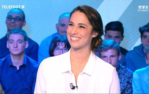 Charlotte Namura Téléfoot TF1 le 23.10.2016
