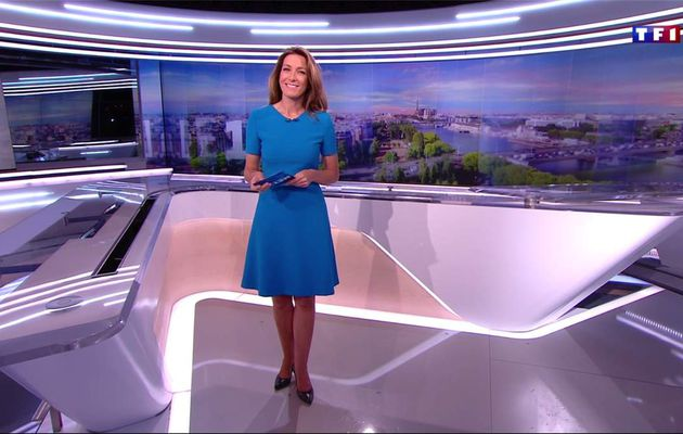 Anne-Claire Coudray JT 13H TF1 le 15.01.2017