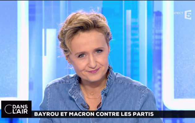 Caroline Roux C Dans l'Air France 5 le 23.02.2017