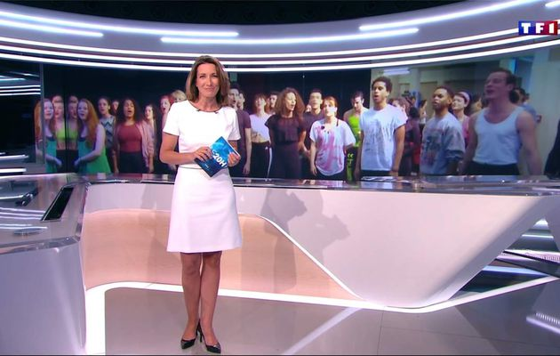 Anne-Claire Coudray JT 20H TF1 le 07.04.2017