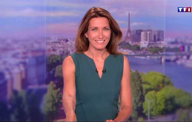 Anne-Claire Coudray JT 13H TF1 le 08.04.2017