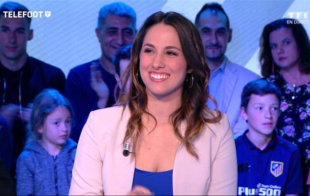 Charlotte Namura Téléfoot TF1 le 07.05.2017