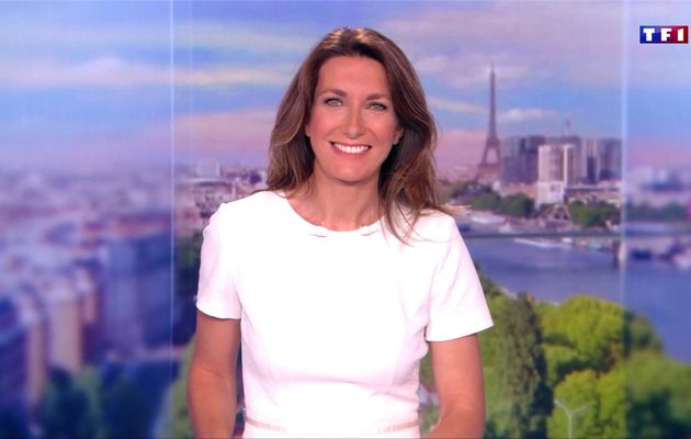 Anne-Claire Coudray JT 13H TF1 le 17.06.2017