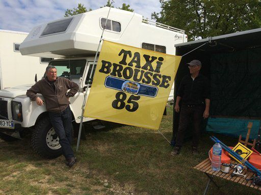 Taxi Brousse 85 s'expose !