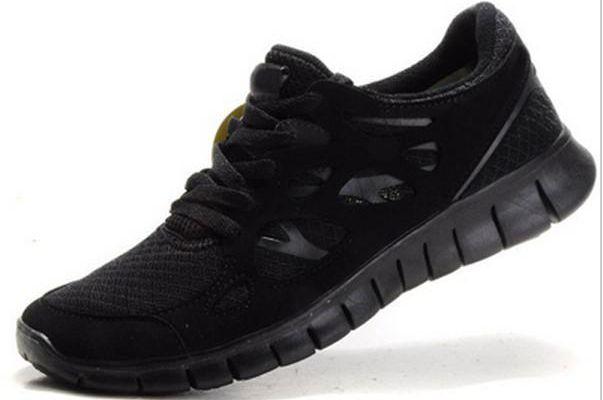 Tips Membeli Sepatu Sport Yang Tepat