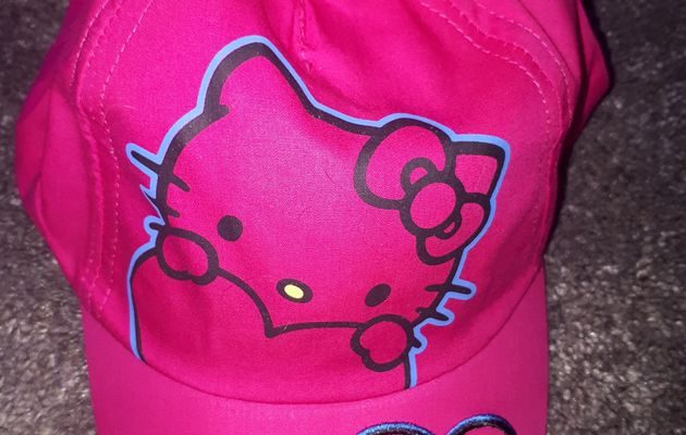 casquettes (hello kitty)