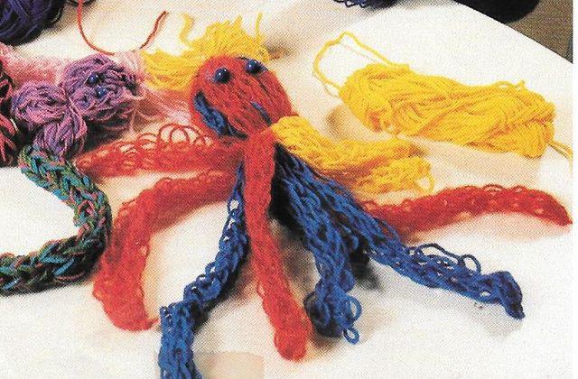 Tricoter avec ses doigts - c'est facile !!