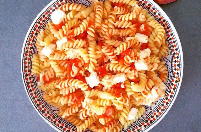 Pâtes à la sauce tomate et fêta - 9sp ou 2sp JSC