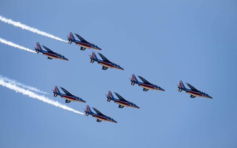 PAF US Tour : Les Thunderbirds prennent place à bord des Alpha Jet de la Patrouille de France