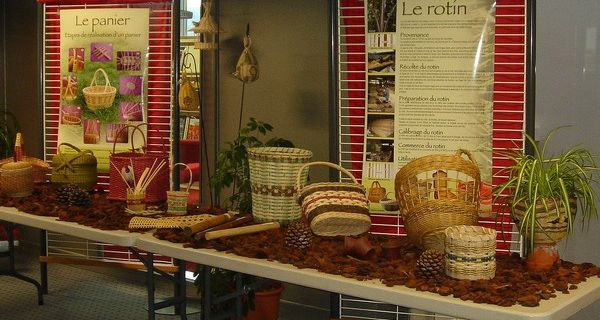 Exposition, ateliers, dédicace et conférence sur la vannerie à Pélussin (42).