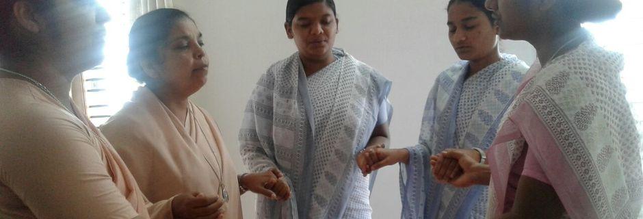 INDE: Entrée au Noviciat