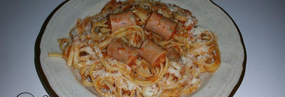 Pâtes à la sauce tomates et saucisses de Sheldon