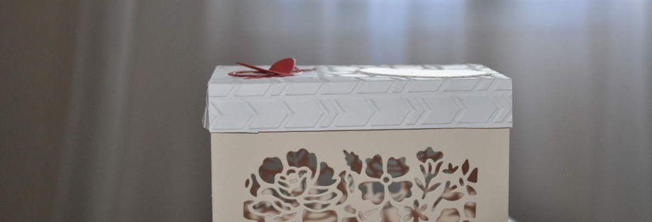 boite fleurs ouvragées