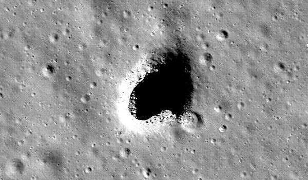 Les tunnels découverts sur la Lune pourraient abriter des villes humaines