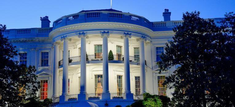 """Démission à la Maison-Blanche : """"J'ai tenu huit jours avec Trump"""""""