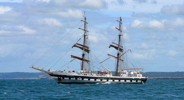 Sortie du voilier britannique Stavros S Niarchos